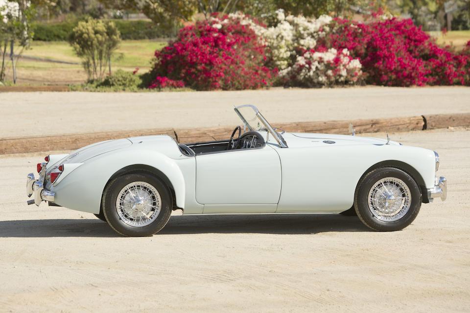 <b>1960 MGA 1600 Roadster</b><br />Chassis no. GHNL/83569