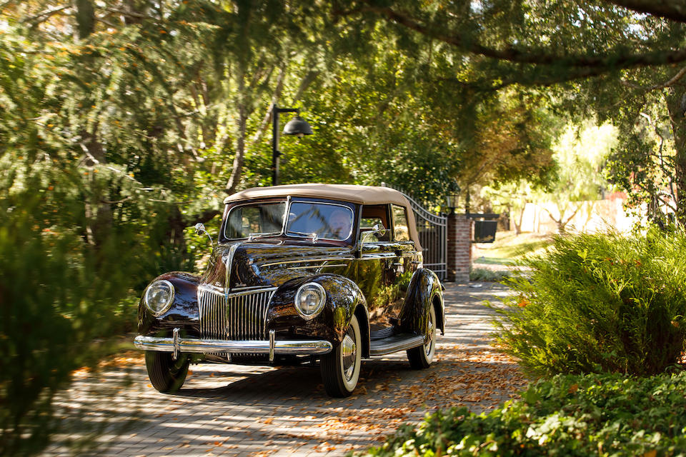 <b>1939 Ford Deluxe Convertible Sedan</b><br />Chassis no. 18-5056165