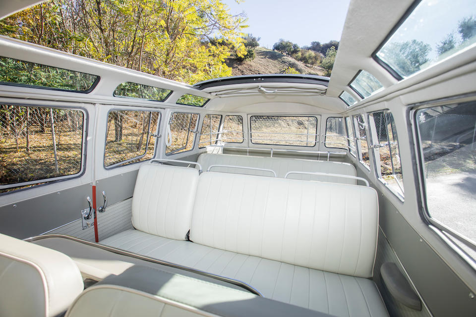 <b>1963 Volkswagen Type 2 Microbus Deluxe</b><br />Chassis no. 995774<br />Engine no. 7043990