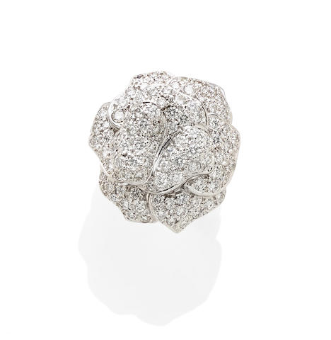 A diamond and 18k white gold ring/pendant
