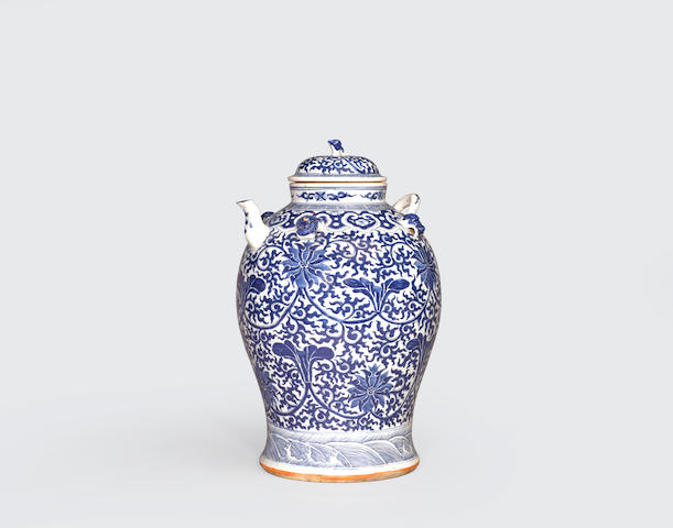 A large blue and white storage jar  Late Qing dynasty