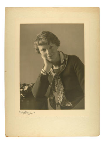 Perinchief, Violet Keene. 1893-1967. Original photograph, Amelia Earhart,