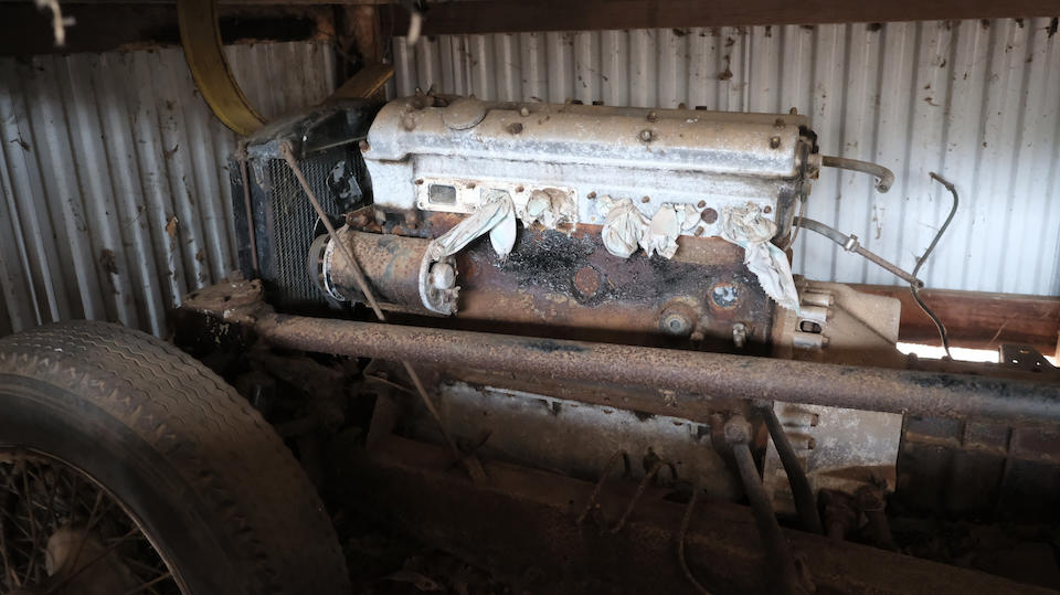 <b>c.1952  Jaguar XK120 Engine and Chassis</b><br />Engine no. W5955-8S