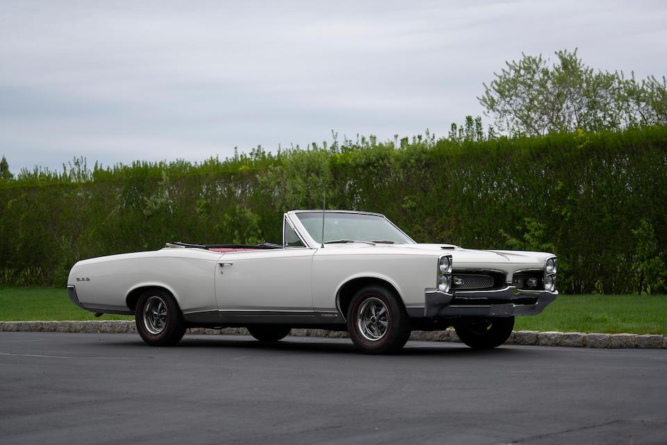 <b>1967 Pontiac GTO Convertible</b><br />Chassis no. 242677P101050