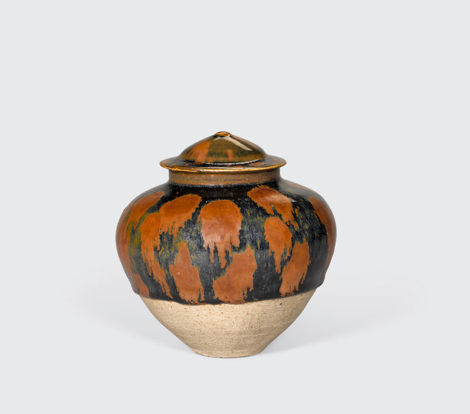 A Cizhou-type black glazed jar and a cover with russet-splashed decoration Northern Song/Jin dynasty (2)