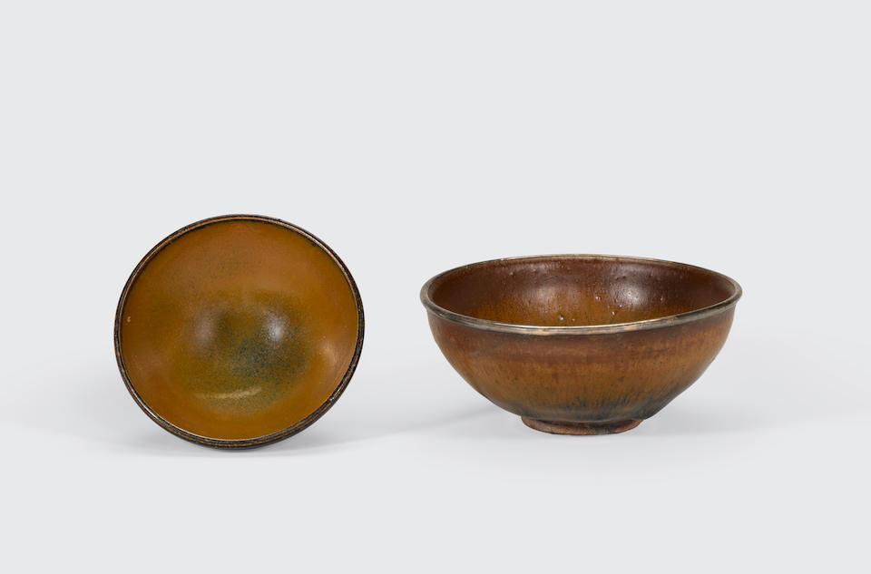 Two glazed stoneware bowls Song dynasty (2)