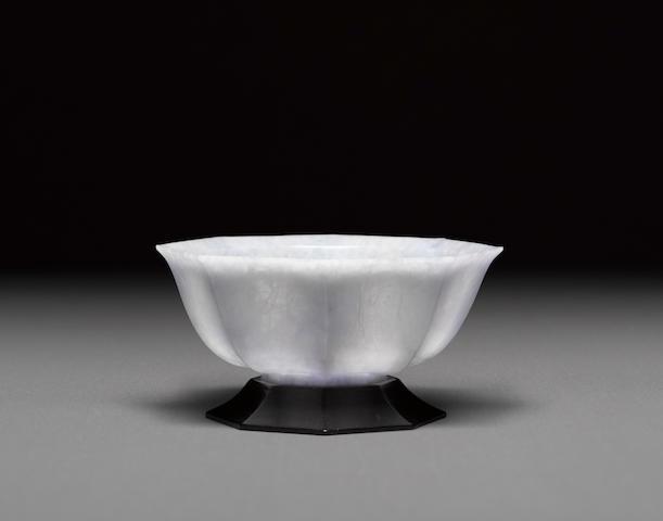 An octagonal jade bowl