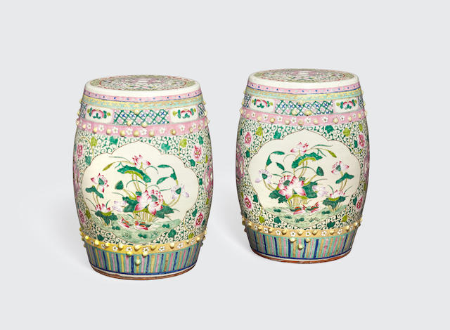 A pair of famille rose enameled garden seats Late Qing/Republic period (2)