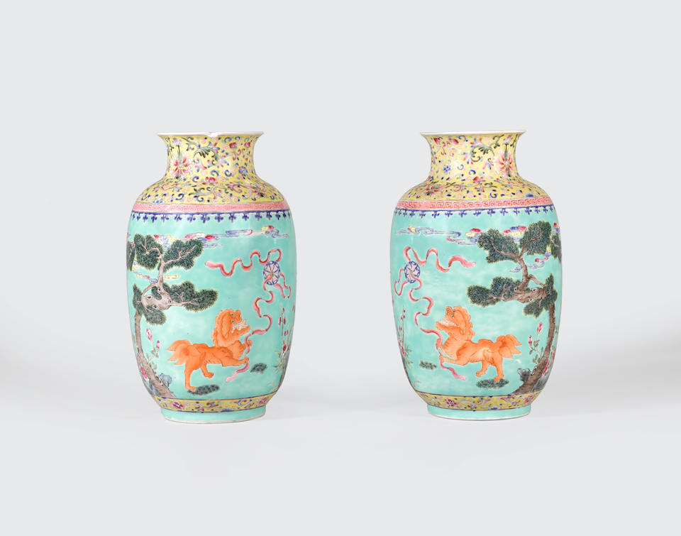 A pair of turquoise ground famille rose enameled vases Jiaqing marks, late Qing/Republic period (2)