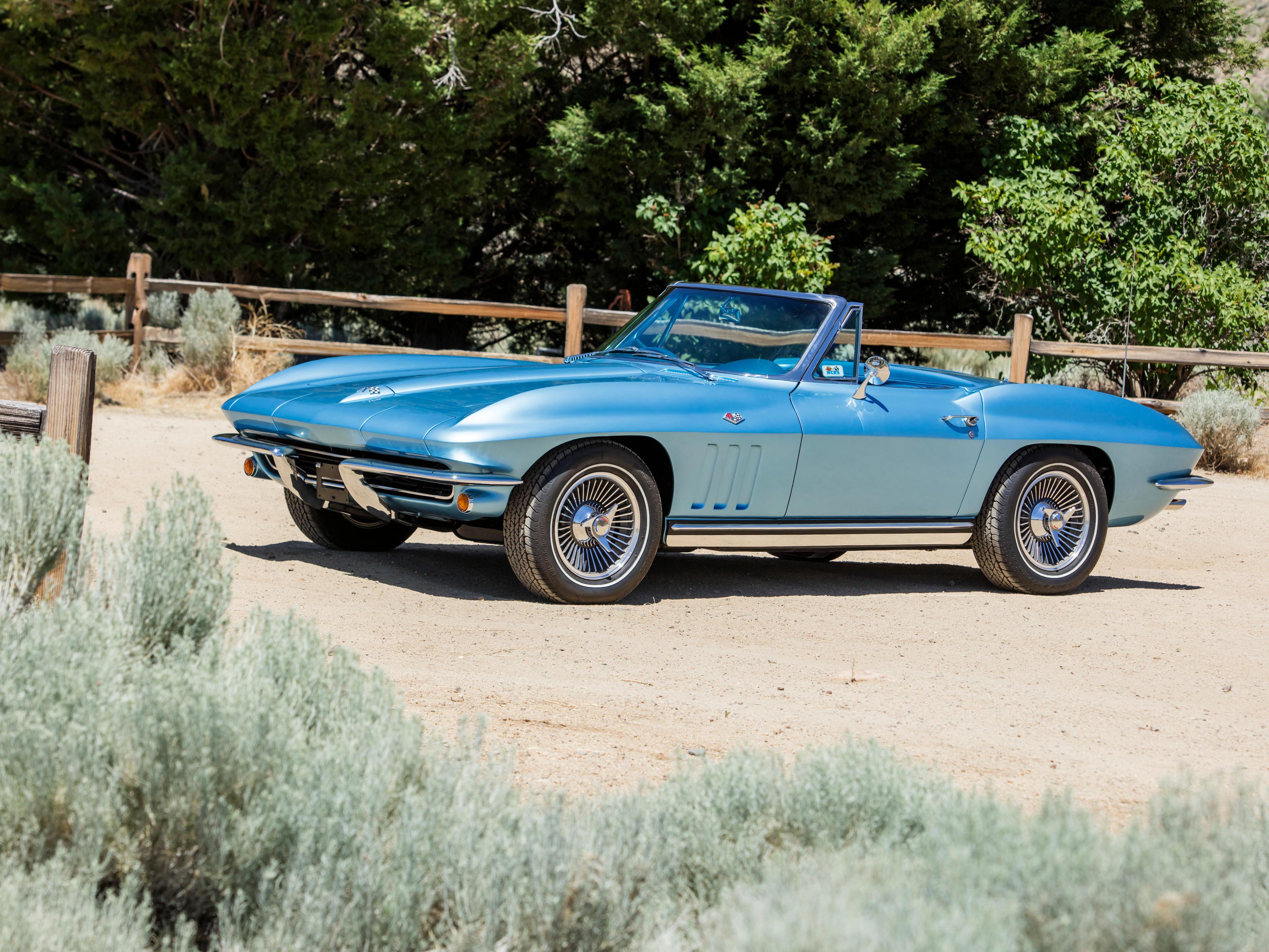 1965 Chevrolet Corvette 327/350HP Roadster