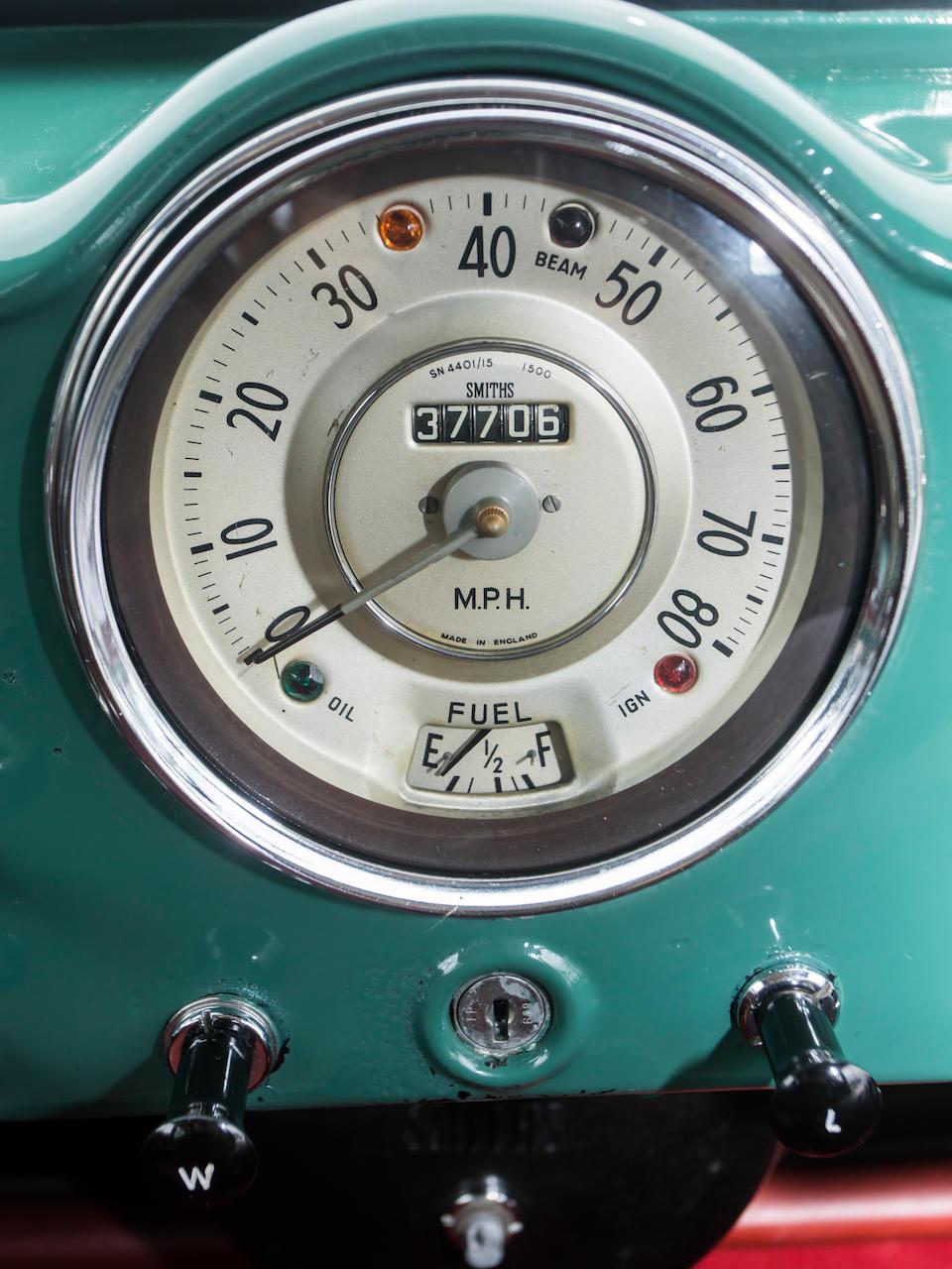 <b>1959 MORRIS MINOR 1000 TRAVELLER</b><br />Chassis no. FLA552122
