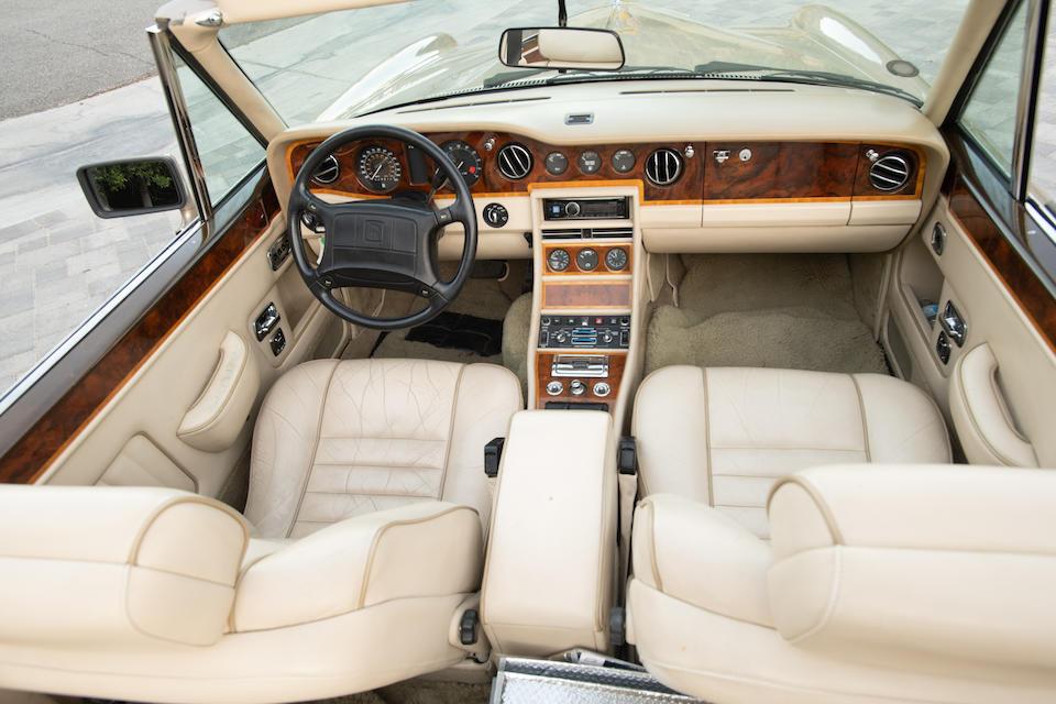 <b>1990 Rolls-Royce Corniche III</b><br />VIN. SCAZD02DXLCX30164