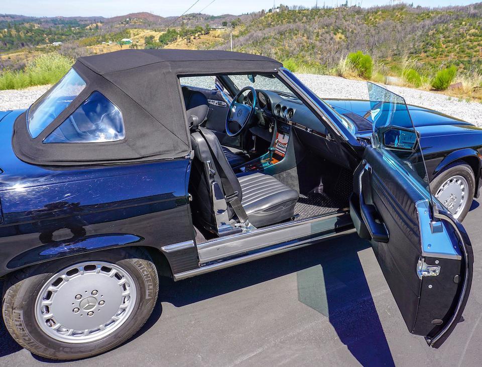 <b>1986 Mercedes-Benz 560 SL</b><br />VIN. WDBBA48D9GA051956<br />Engine no. 11796712010398