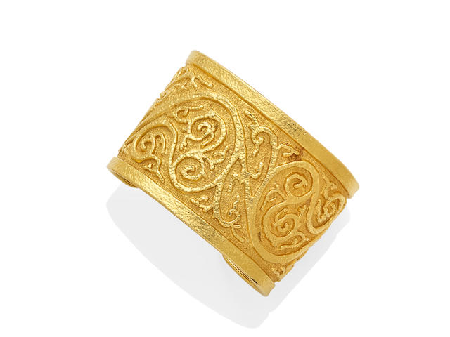 A gold cuff,  Lalaounis