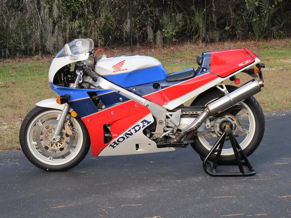 1990 Honda RC30 Frame no. JH2RC300XLM200128