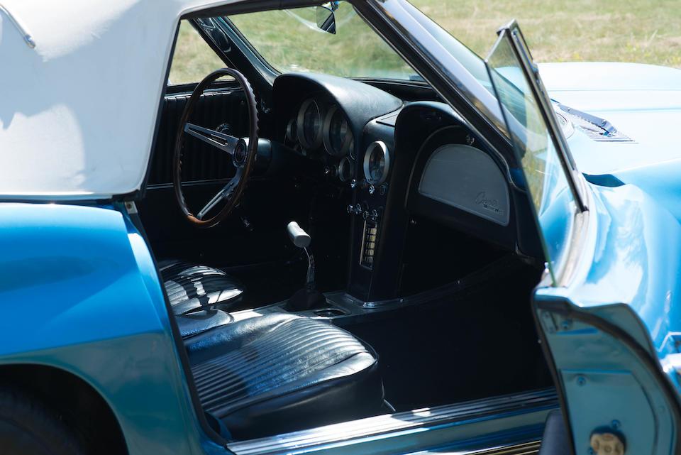 <b>1963 Chevrolet Corvette Roadster</b><br />Chassis no. 30867S119382