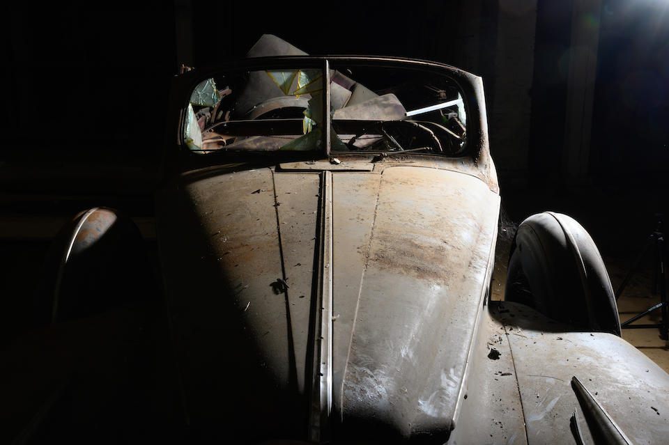 <b>1941 Packard Super Eight 160 Convertible Sedan</b><br />Chassis no. DL14772004<br />Engine no. D500499