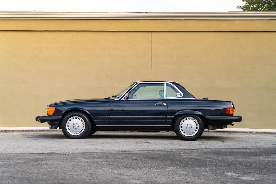 <b>1986 Mercedes-Benz 560 SL</b><br />VIN. WDBBA48D9GA054758
