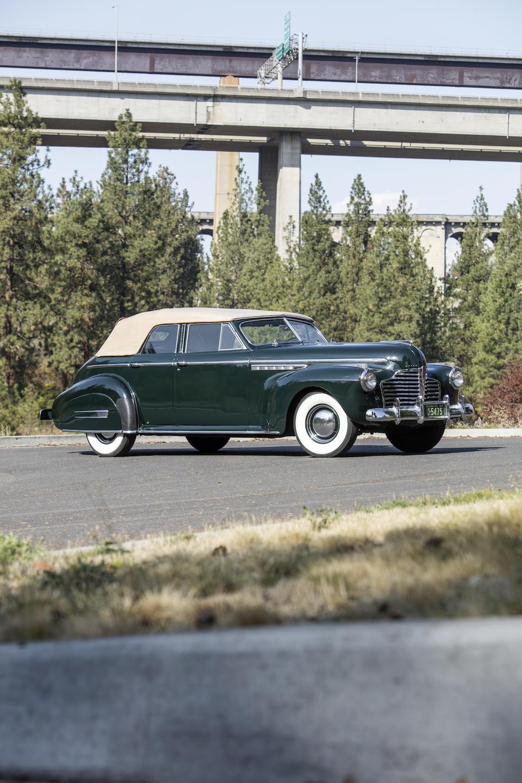 <b>1941 Buick Roadmaster Convertible Phaeton</b><br />Chassis no. 74118208