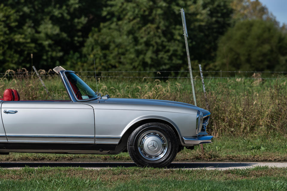<b>1969 Mercedes-Benz 280SL</b><br />Chassis no. 113044.10.009229<br />Engine no. 130980.12.011748 (see text)