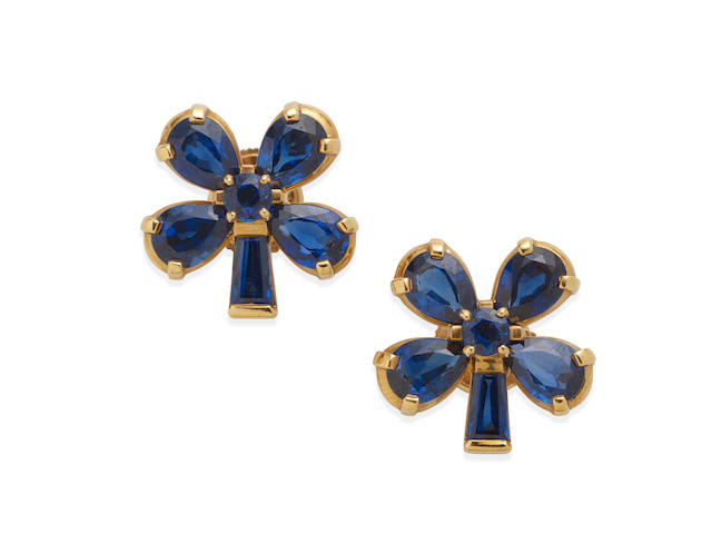 a pair of sapphire clover stud earrings