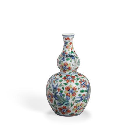 A wucai double gourd vase Chenghua mark