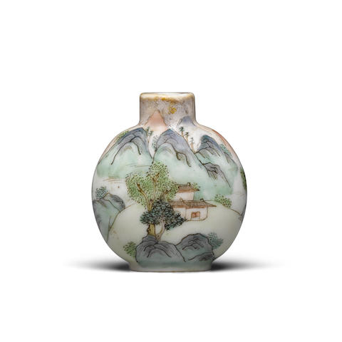 An enameled porcelain snuff bottle Daoguang four-character mark and of the period, 1821-1850