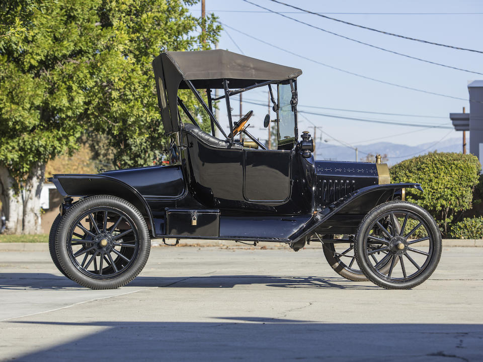 <b>1915 Ford Model T Roadster</b><br />Engine no. 707528