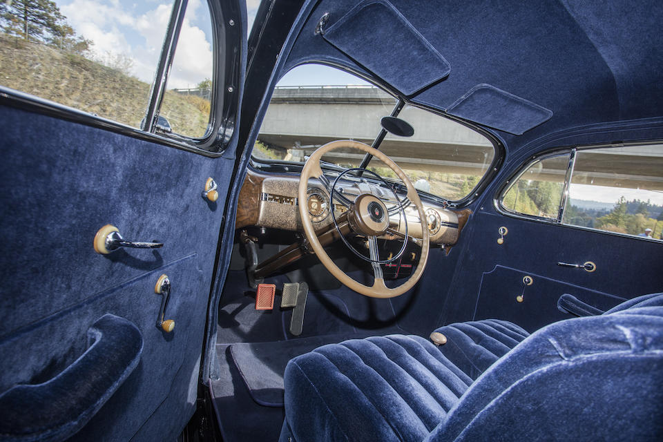 <b>1939 Packard Super Eight Hearse</b><br />Chassis no. 1703A2003