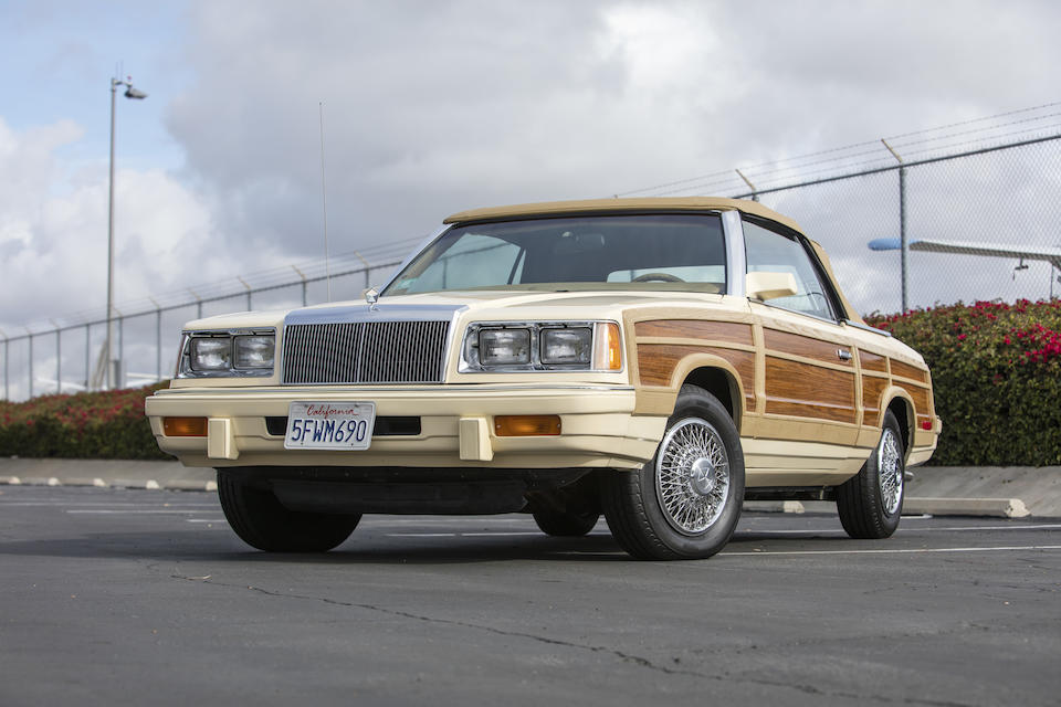 <b>1986 Chrysler LeBaron Town & Country Convertible</b><br />VIN. 1C3BC55E2GG130899