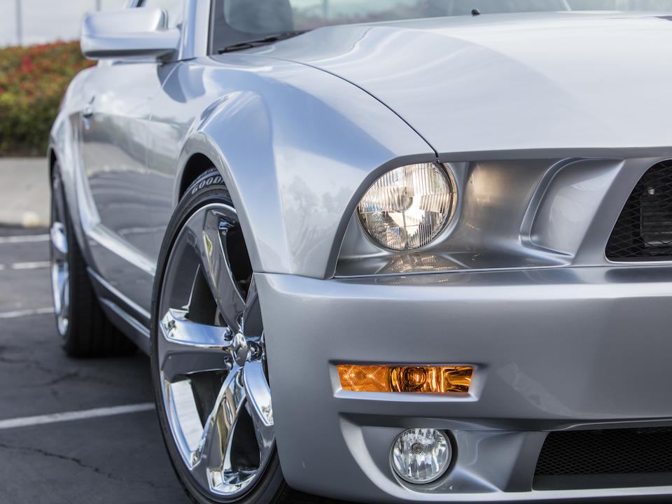 <b>2009 Ford Mustang Iacocca 45th Anniversary Edition</b><br />VIN.1ZVHT82H095106005