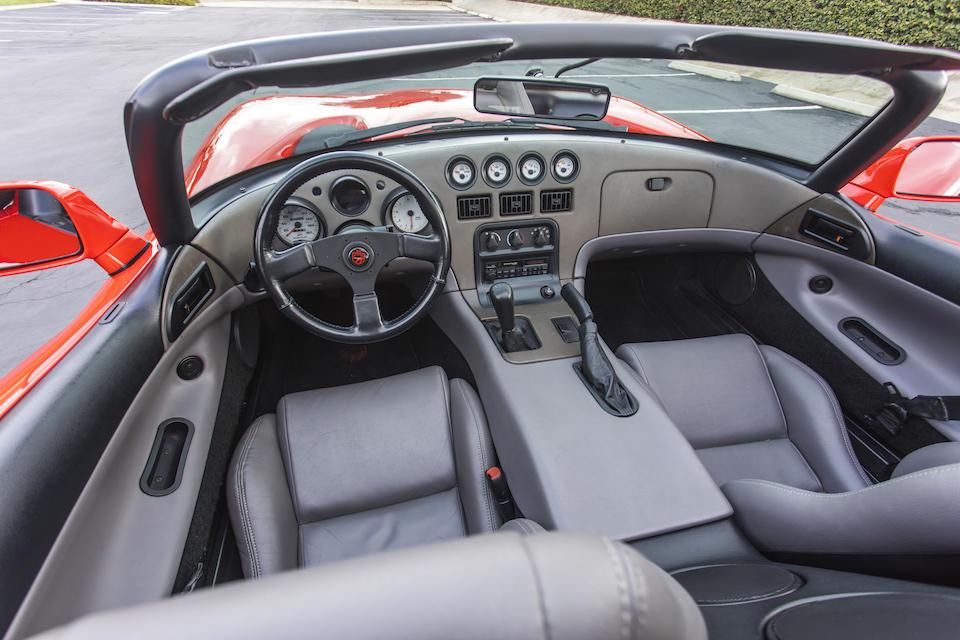 <b>1992 Dodge Viper RT/10</b><br />VIN. 1B3BR65E5NV100001