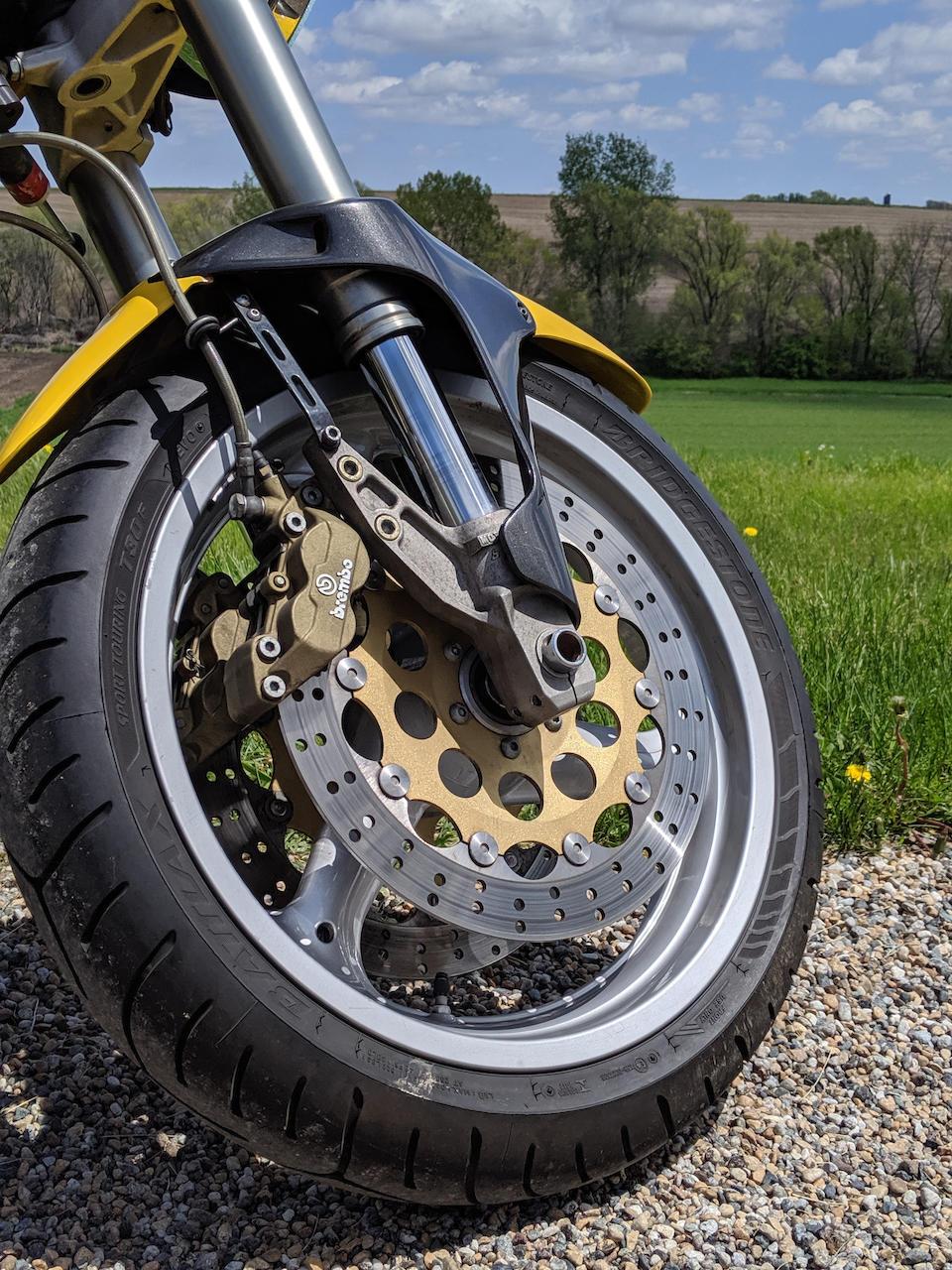 1998 Moto Guzzi 992cc V10 Centauro GT Frame no. ZGUKKAKK3WM112880 Engine no. KK 012841
