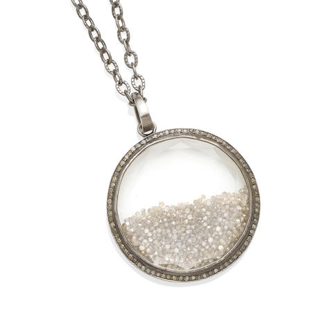 A diamond shake pendant necklace