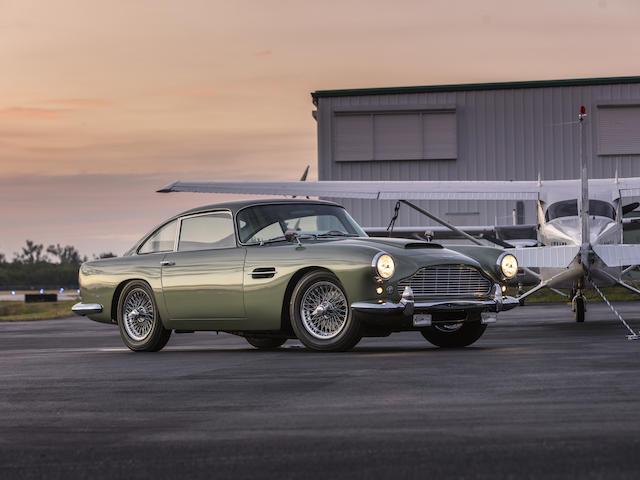 <b>1962 Aston Martin DB4 Series 4 GT-Engined Saloon</b><br />Chassis no. DB4/836/L<br />Engine no. 370/203/GT