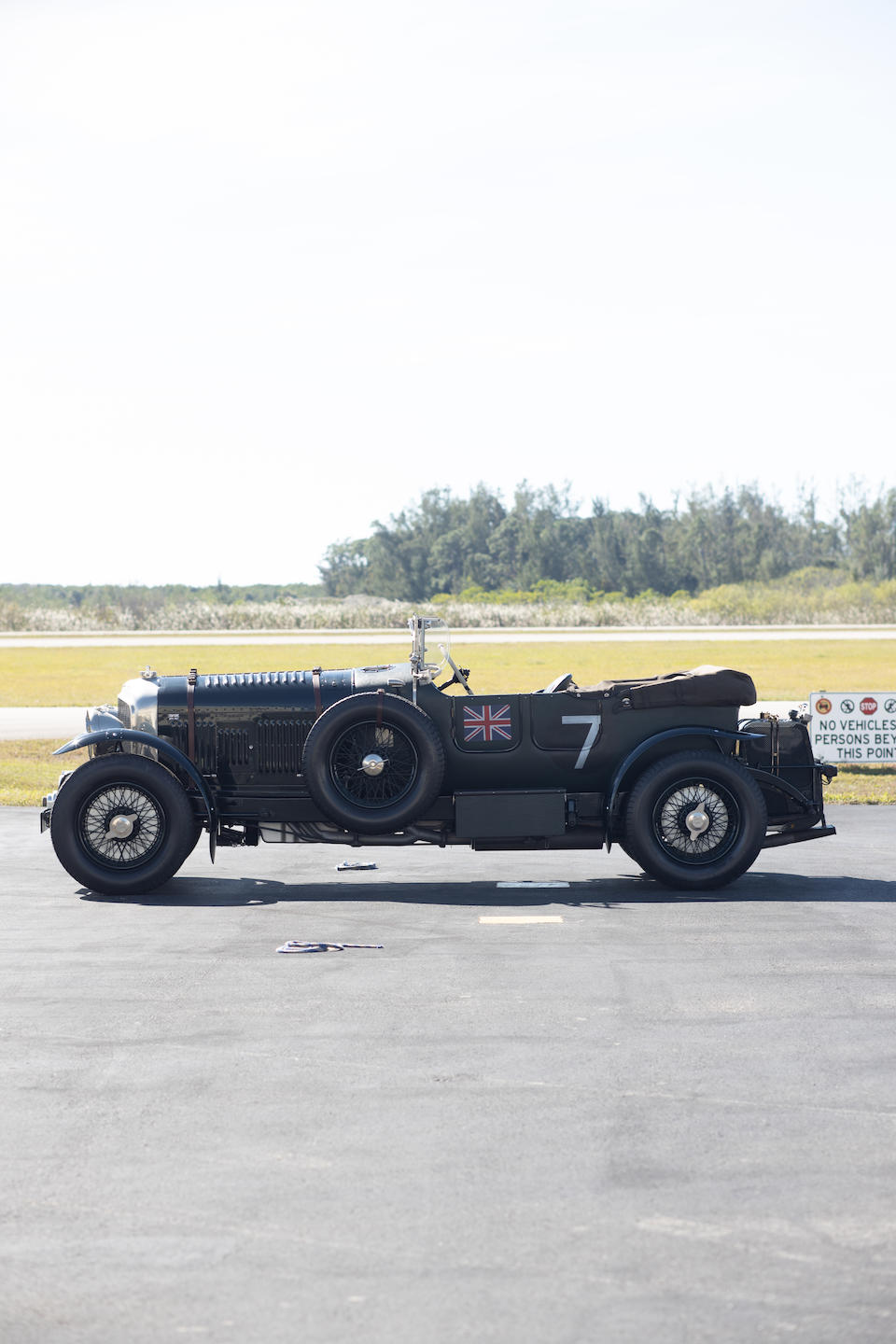 "<b>1929/1998 Petersen ""Barclay Blower Bentley""</b><br />Chassis no. GUJ 33"