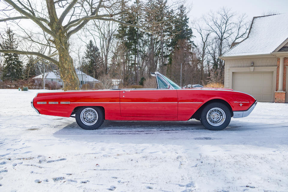 <b>1962 Ford Thunderbird Sports Roadster</b><br />Chassis no. 2Y89M147868