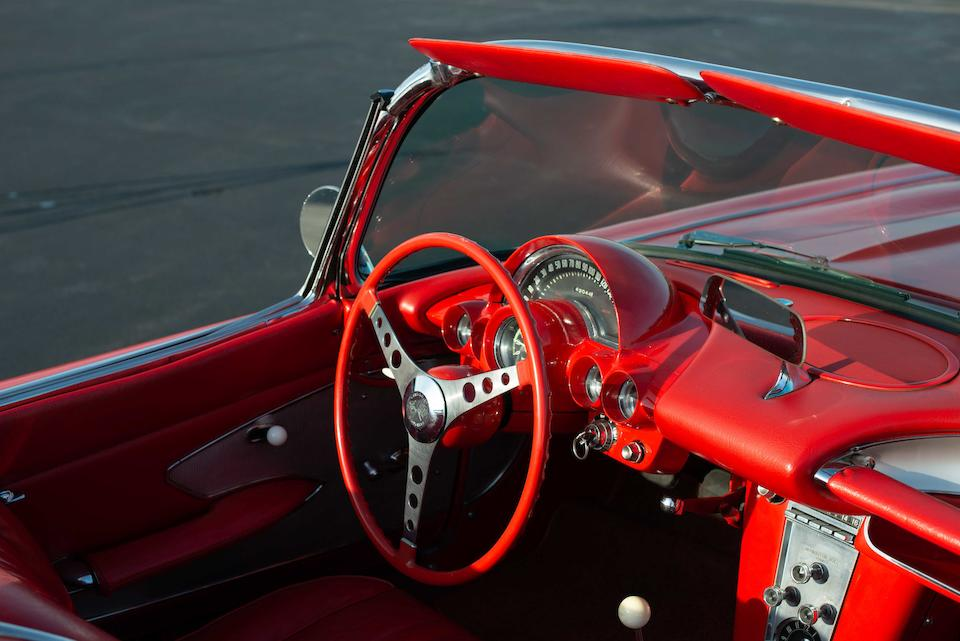 <b>1960 Chevrolet Corvette Convertible</b><br />Chassis no. 00867S101160<br />Engine no. 3756519