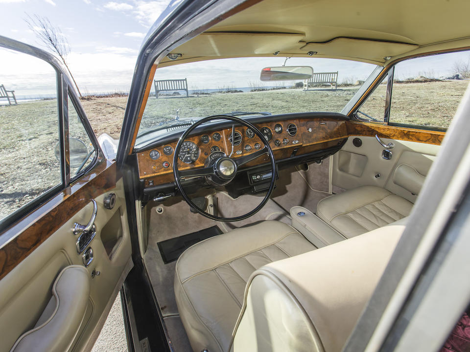 <b>1967 Rolls-Royce Silver Shadow Coupe</b><br />Chassis no. CRX2672