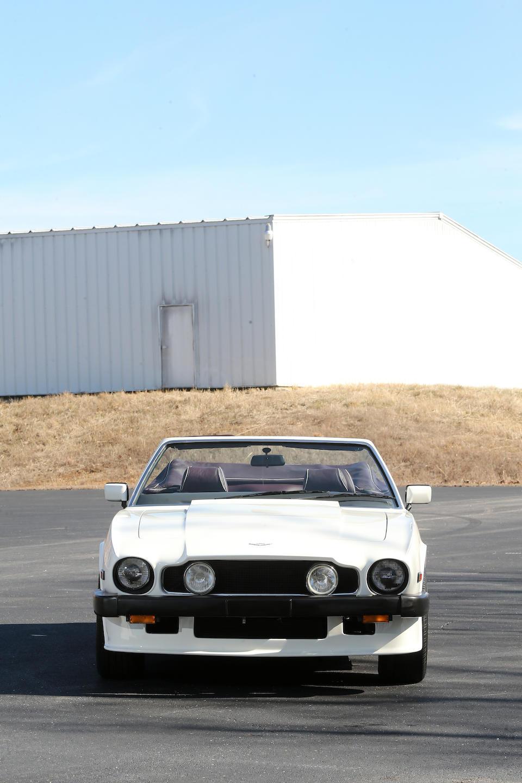 <b>1988 Aston Martin V8 Volante</b><br />VIN. SCFCV81C2JTL15650