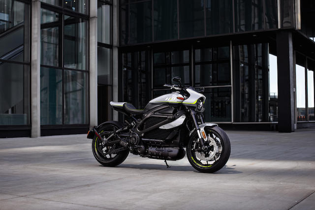 <i>Sold to benefit The United Way's COVID-19 Response Fund</i><br /><b>2020 Harley-Davidson LiveWire&#8482; Custom</b>