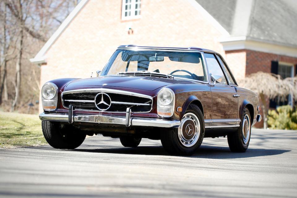 <b>1969 Mercedes-Benz 280SL</b><br />Chassis no. 113.044-12-004824, Engine no. 130983-12-002924