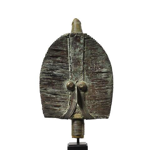Mahongwe Reliquary Figure, Gabon