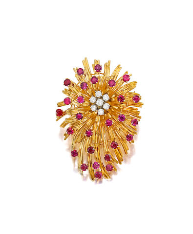 AN 18K GOLD, RUBY AND DIAMOND PENDANT BROOCH, TIFFANY & CO.