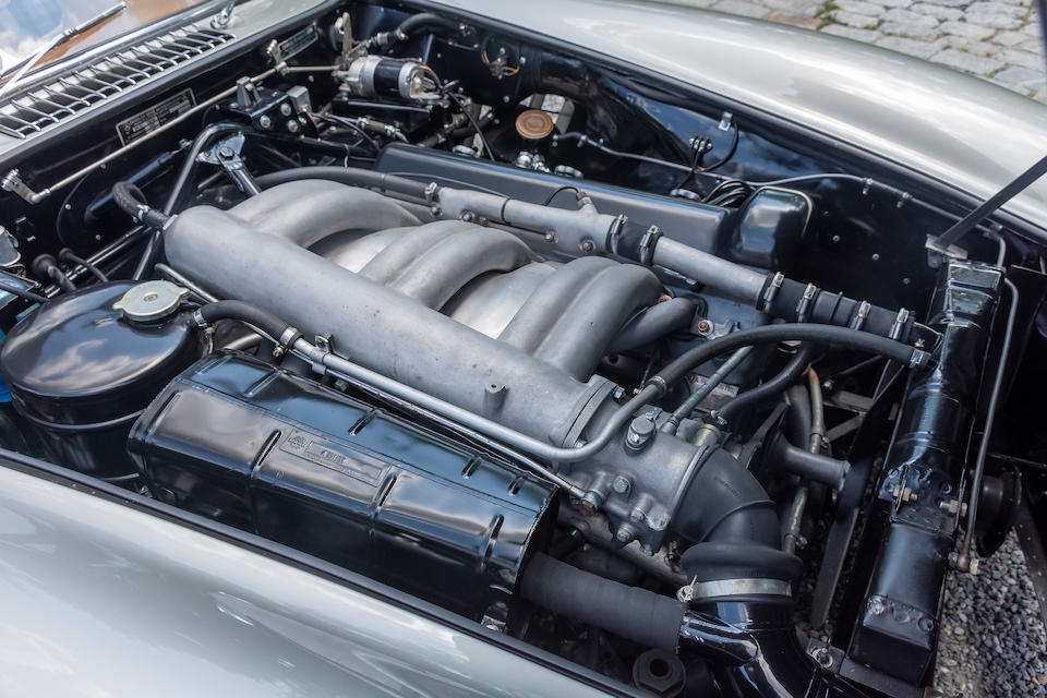 <b>1955 MERCEDES-BENZ 300SL GULLWING COUPE</b><br />  Chassis no. 198.040.5500099 <br />Engine no. 198.980.5500100