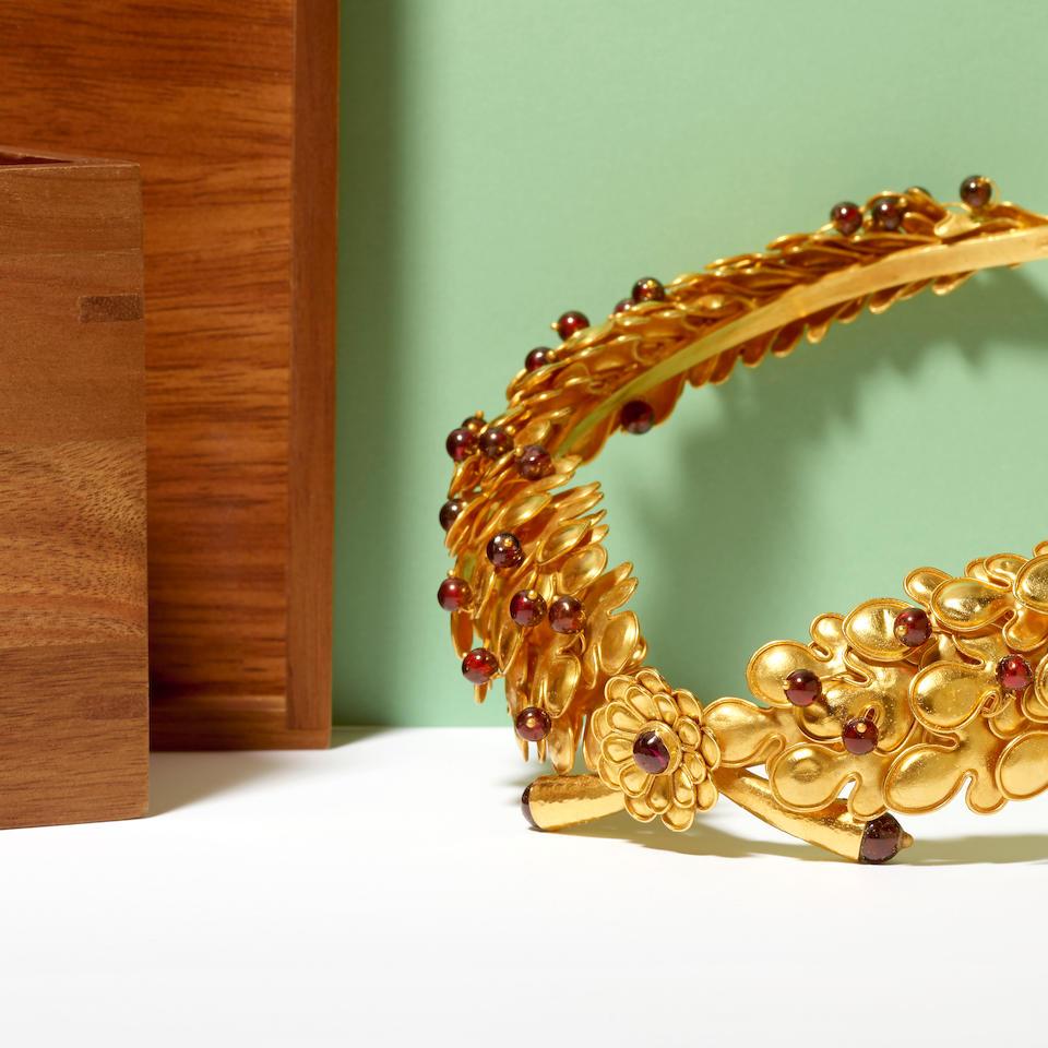 Ilias Lalaounis: Gold and Garnet Necklace