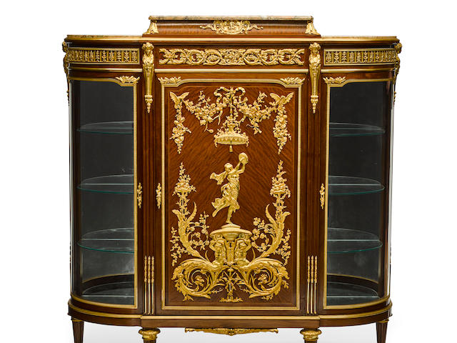 A LOUIS XVI STYLE MARBLE TOP GILT BRONZE MOUNTED MAHOGANY VITRINE CABINETAttributed to François Linke (1855-1946), circa 1900