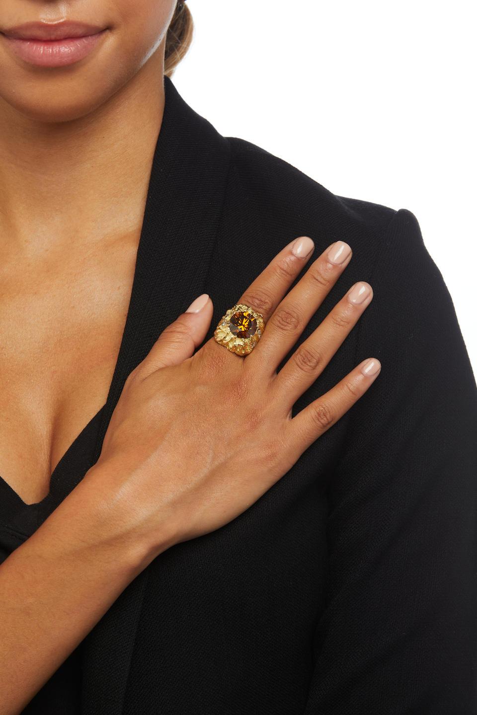 18K GOLD, FANCY BROWN DIAMOND AND DIAMOND RING