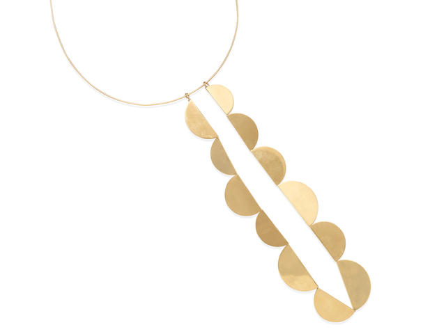 A GOLD CONVERTIBLE NECKLACE, BETTY COOKE
