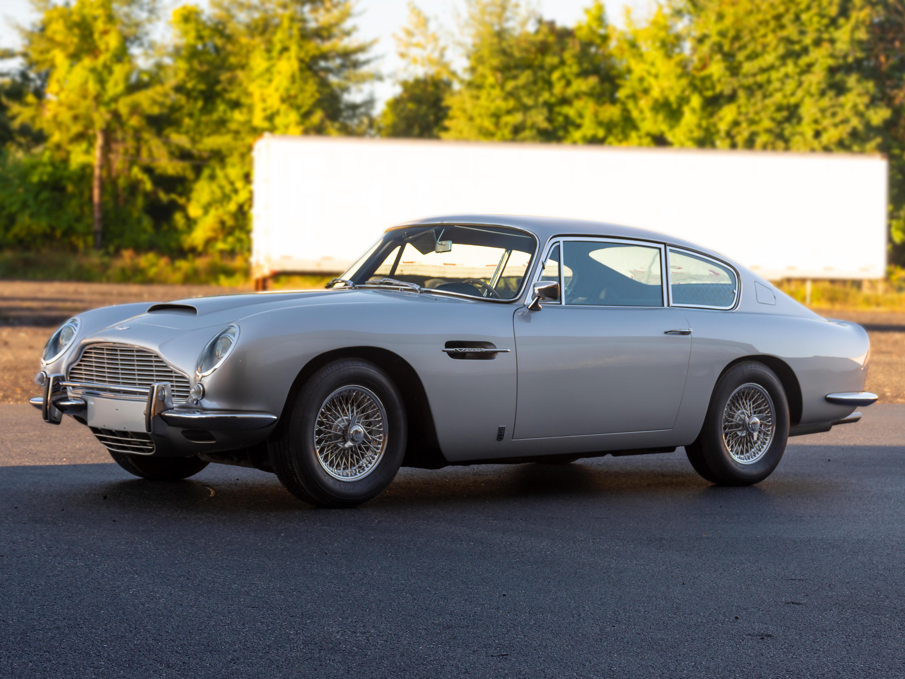 1966 Aston Martin DB6 Vantage Sport Saloon  Chassis no. DB6/2514/LN Engine no. 400/2547/V